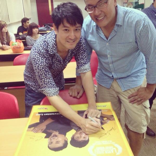 jason_chan_signing_autographs